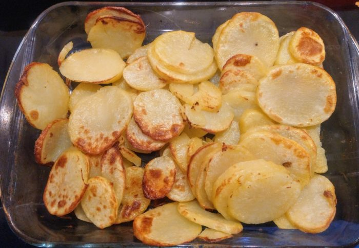 Easy Potatoes – Chips, Wedges or Slices